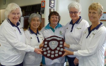 2015 winners: J Mortimer, S Hashimoto, H Stromsmoe, B Nelson Gordon) with the donor of the trophy, Anne Cowlishaw (centre).