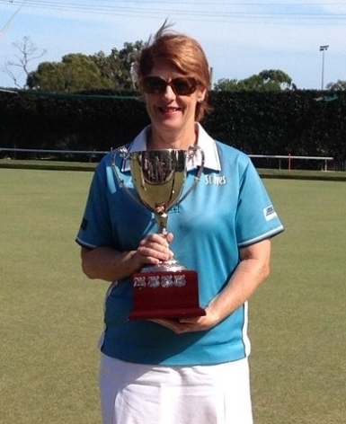 Singles champion 2019 Di McBryde (St Ives)